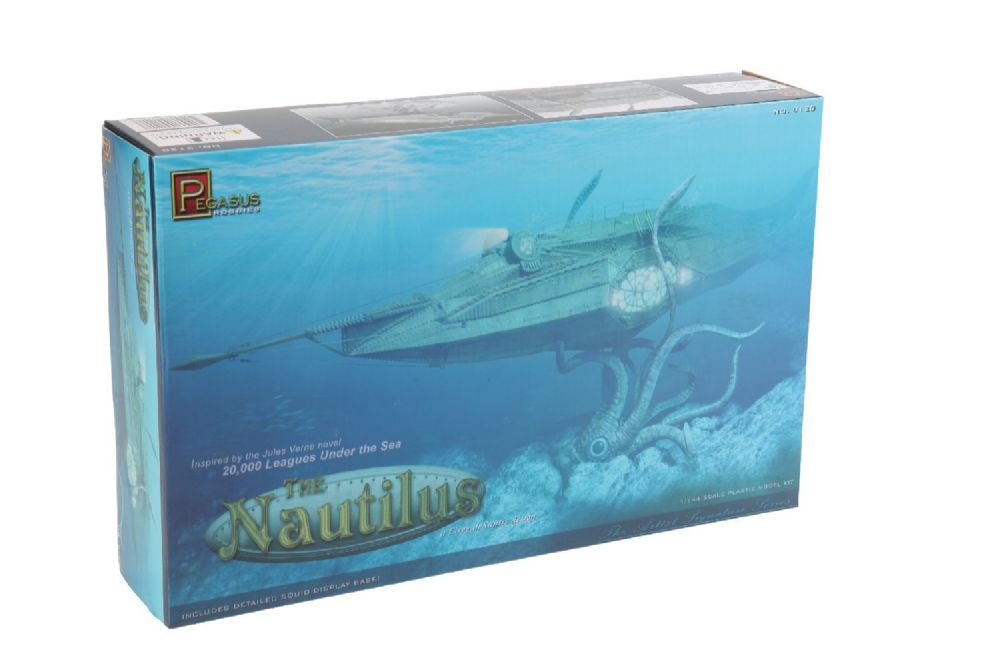 20 000 Leagues Under The Nautilus Submarine Model Kit By